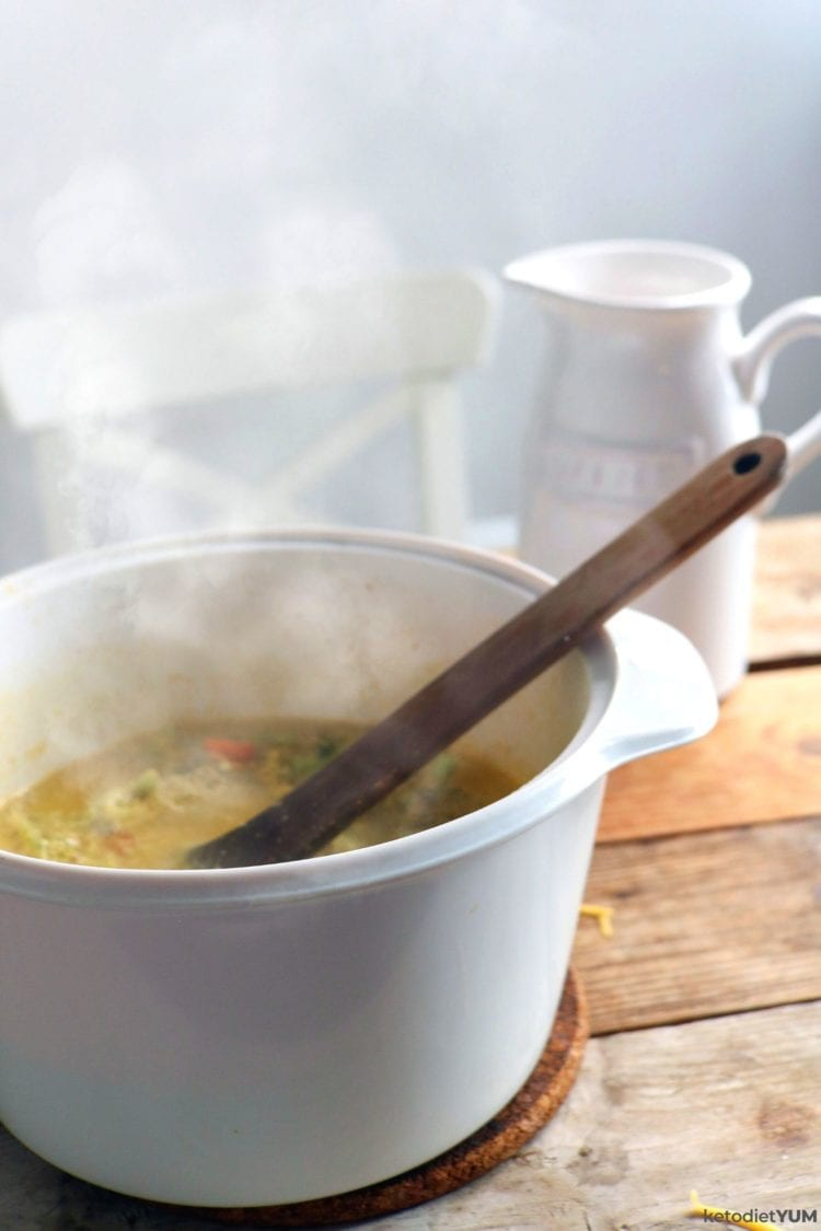 keto cheddar broccoli soup