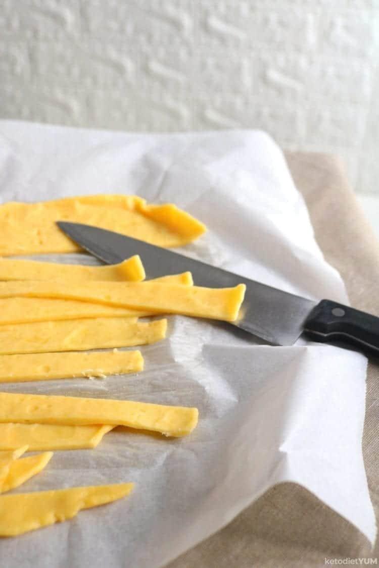 cutting keto pasta strips
