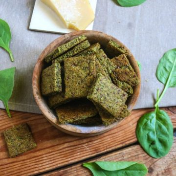 Crispy Parmesan Spinach Crackers